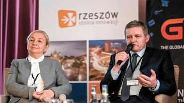 Finał 'Pracowni miast' w Rzeszowie. Pierwsza część konferencji poświęcona innowacjom w mieście.