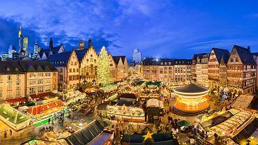 Jarmarki świąteczne w Europie przyciągają turystów swoją magią i wyjątkowym klimatem