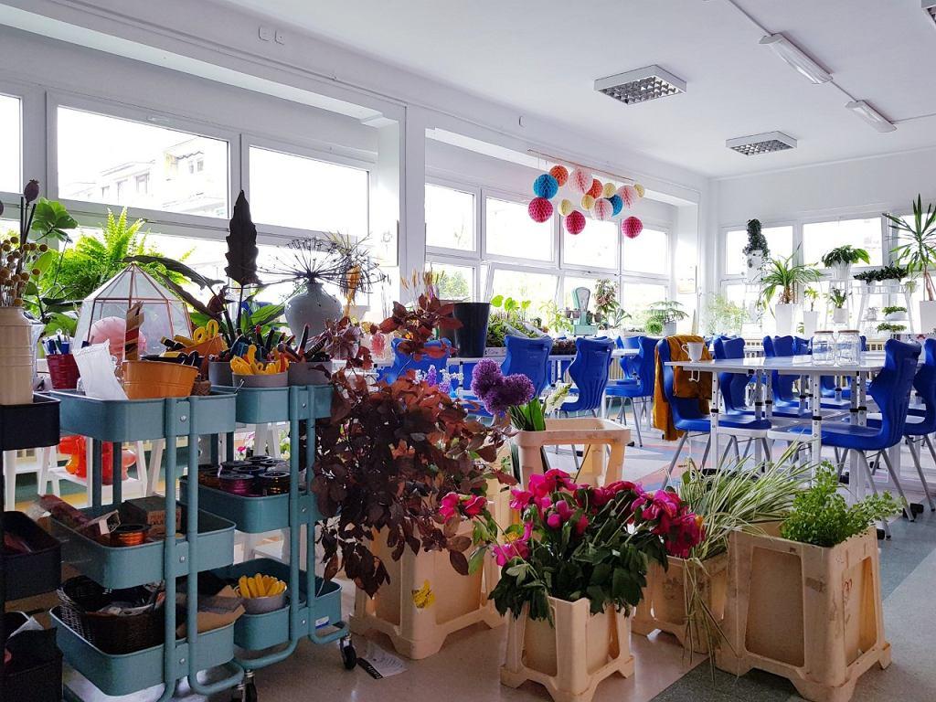 Pracownia florystyczna w Technikum nr 16 przy ul. Szkockiej 64 we Wrocławiu