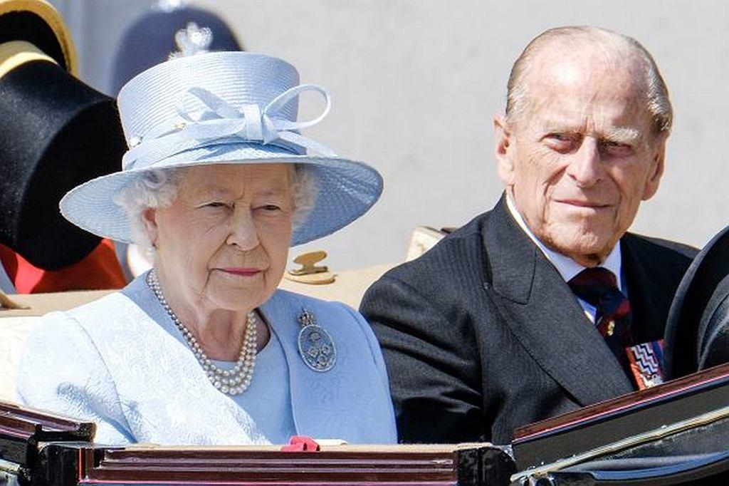 Kto wystąpi u boku królowej Elżbiety podczas państwowej parady 'Trooping the Colour'?