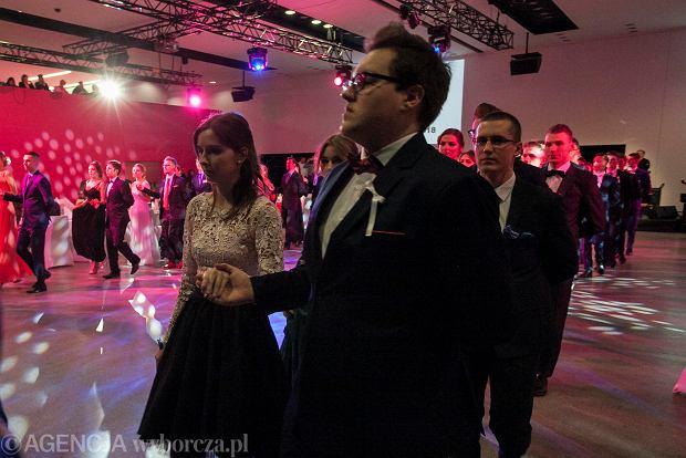 Zdjęcie numer 91 w galerii - Studniówka LO nr 4. 250 osób w Centrum Kongresowym [ZDJĘCIA]