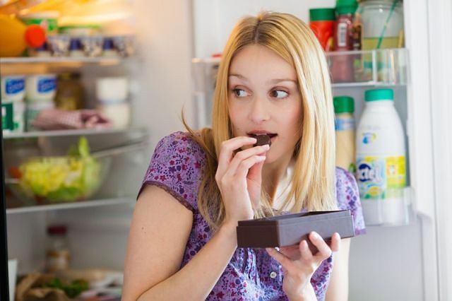 Poczucie winy? - Mechanizm u kobiet jest zawsze ten sam: karzemy się za to, że coś nam smakuje - twierdzi dietetyk