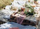 Jak zrobić stół ogrodowy z palet?