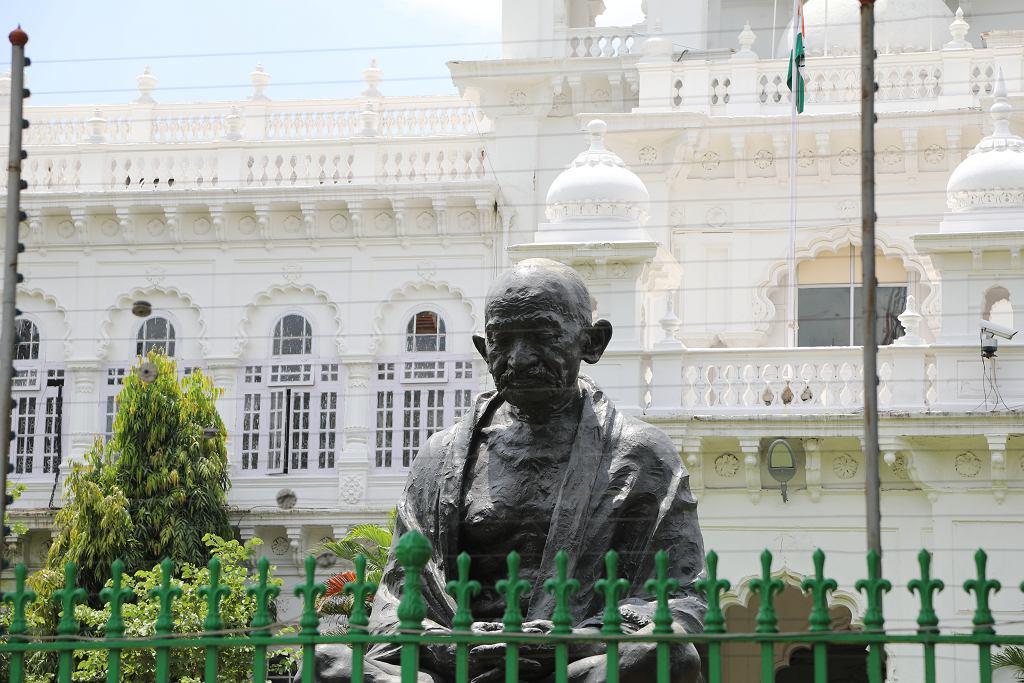 Pomnik Ghandiego w środkowych Indiach,fot. Shutterstock, zdj. ilustracyjne