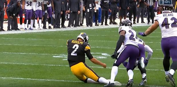 Fatalna kontuzja w lidze NFL. Zawodnik nie odzyskiwał przytomności przez kilka minut