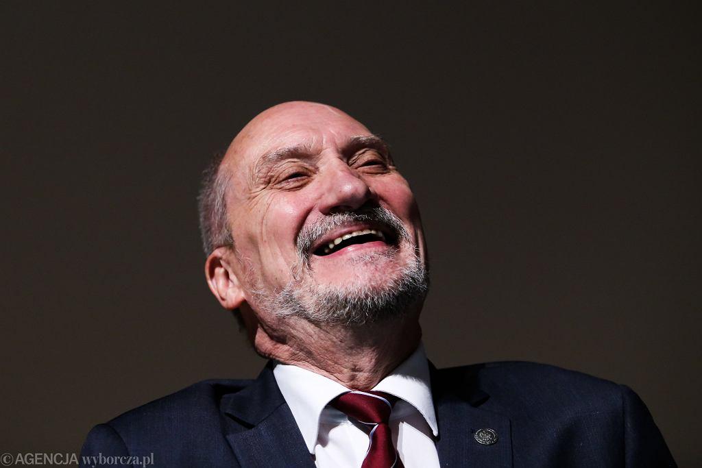 Antoni Macierewicz podczas 'Dnia Patrioty'. Kraków, Łagiewniki, 26 października 2018