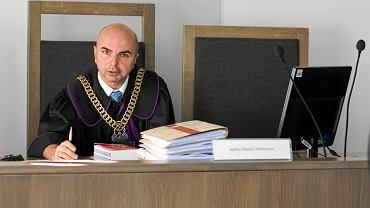 Sędzia Daniel Jurkiewicz, którego kariera przyspieszyła po zmianie władzy. Najpierw przeniósł się do sądu rejonowego w Poznaniu, a niedawno został prezesem sądu rejonowego w Wągrowcu