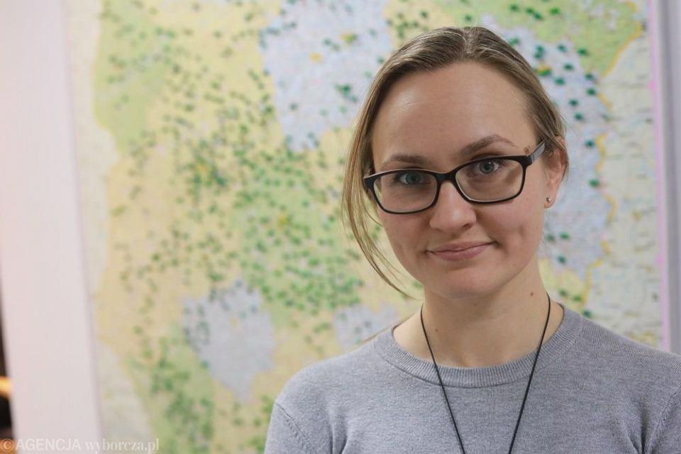 Firma Rekopol zajmuje się recyklingiem śmieci, na zdjęciu Marta Krawczyk