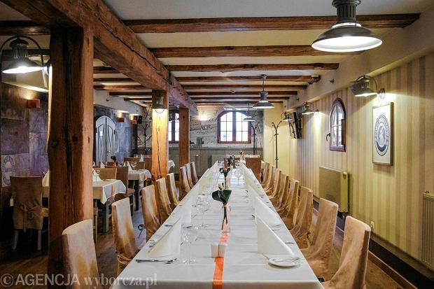 Zdjęcie numer 5 w galerii - Komunie jak małe wesela. A na przyjęciu: terrina z sandacza z kurkami, carpaccio z gęsi z żurawiną...