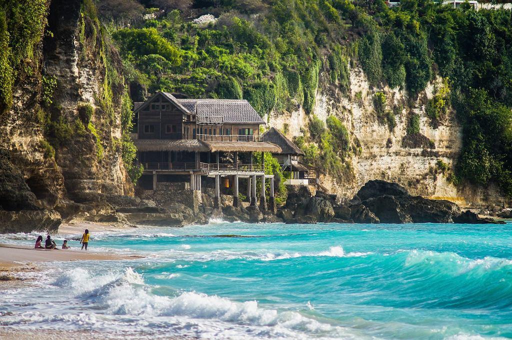 Władze Bali w Indonezji planują wprowadzić podatek turystyczny dla odwiedzających wyspę z zagranicy