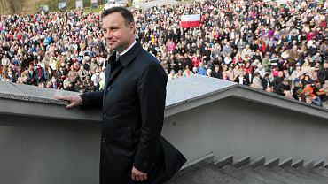 Andrzej Duda podczas Święta Bożego Miłosierdzia. Sanktuarium w Łagiewnikach, 12 maja 2015