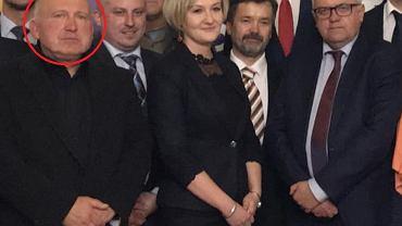 Radny PiS Lech Olszanicki (pierwszy z lewej) na zdjęciu z Adamem Lipińskim (pierwszy z prawej)