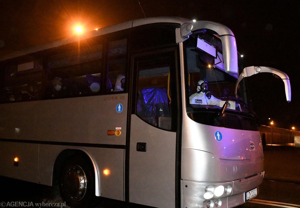 30 Polaków z Wuhanu przyleciało w niedzielę do Wrocławia