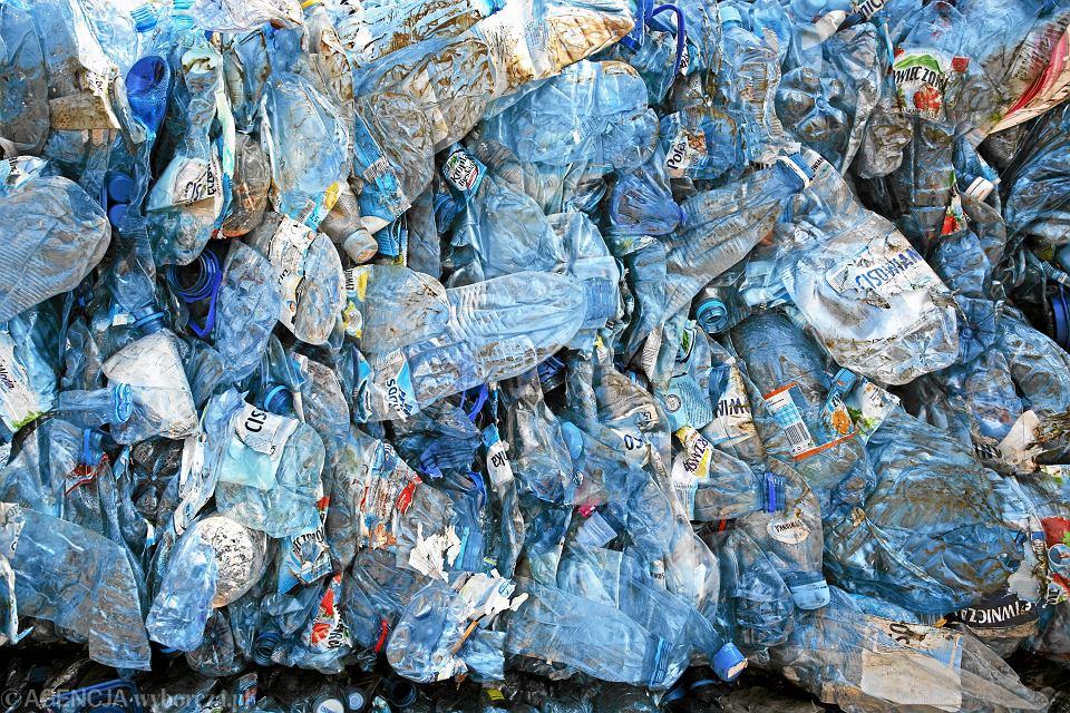 Plastikowe butelki PET