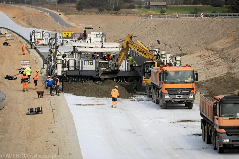 Budowa drogi ekspresowej S17