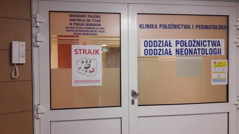 Strajk pracowników szpitala klinicznego nr 4 przy ul. Jaczewskiego w Lublinie.