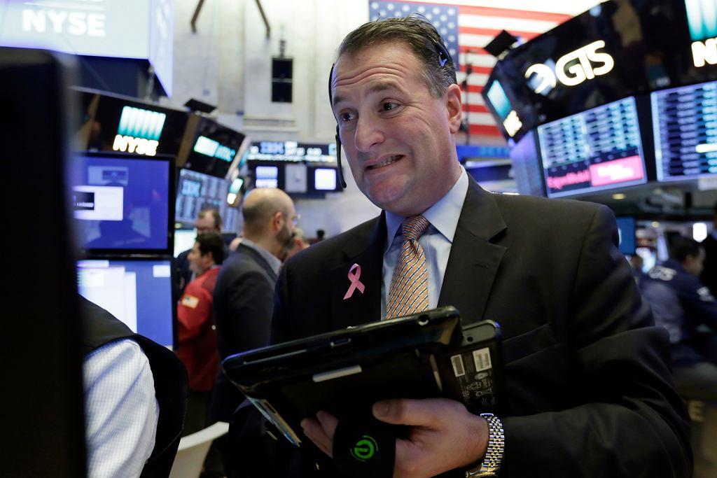Zjawisko 'flattenera' wskazuje, że USA może czekać recesja