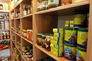 Odchody gryzoni, przeterminowana żywność o ponad dekadę. Sanepid w Piotrowicach miał ręce pełne roboty