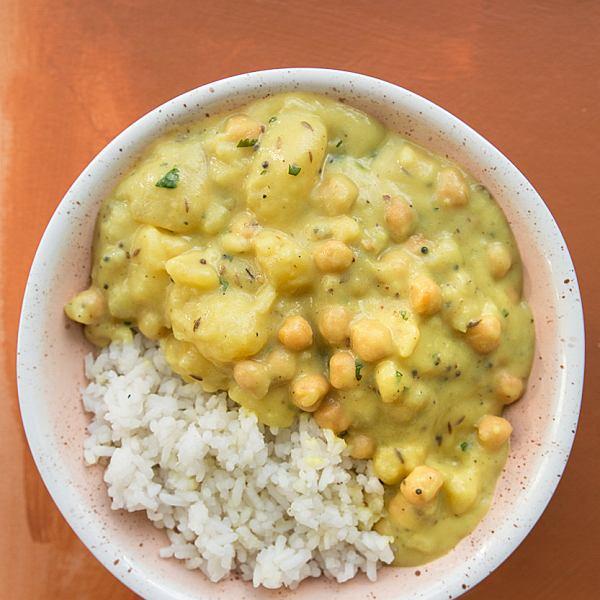 Proste curry ziemniaczane