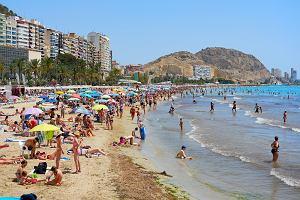 Hiszpania otwiera się na zagranicznych turystów. Przyjmie ich od 1 lipca