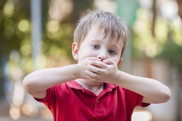 Czkawka u dziecka i u dorosłych - przyczyny i sprawdzone sposoby na czkawkę