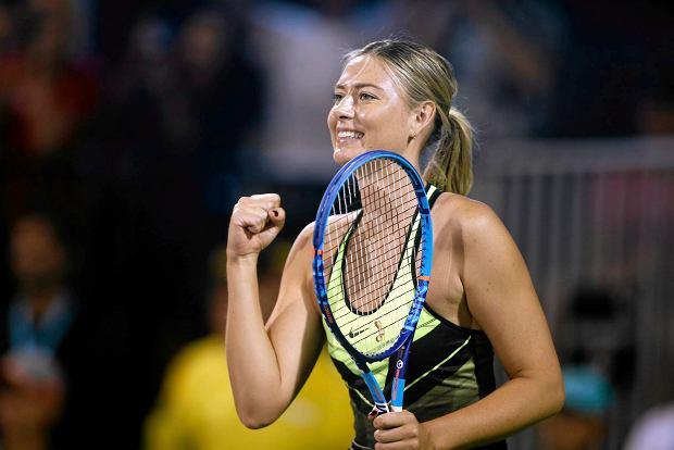 Powrót na kort zdyskwalifikowanej tenisistki wywołał oburzenie. - Bezwstydna Szarapowa zagrała dla Eltona Johna - napisał angielski