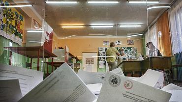 Wybory prezydenckie 2020. W Ozorkowie frekwencja jest wyższa niż zwykle.
