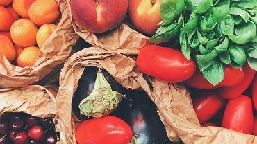 UOKiK: Co dziesiąta partia warzyw i owoców w sklepach miała błędną informację o kraju pochodzenia