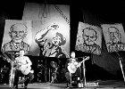 33 lata trzeba było czekać na trzypłytowe wydanie zakazanych piosenek doby PRL-u. Wreszcie jest!