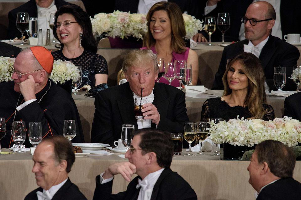 Sztab prezydenta Trumpa wziął słomki w obronę jako element amerykańskiego stylu życia