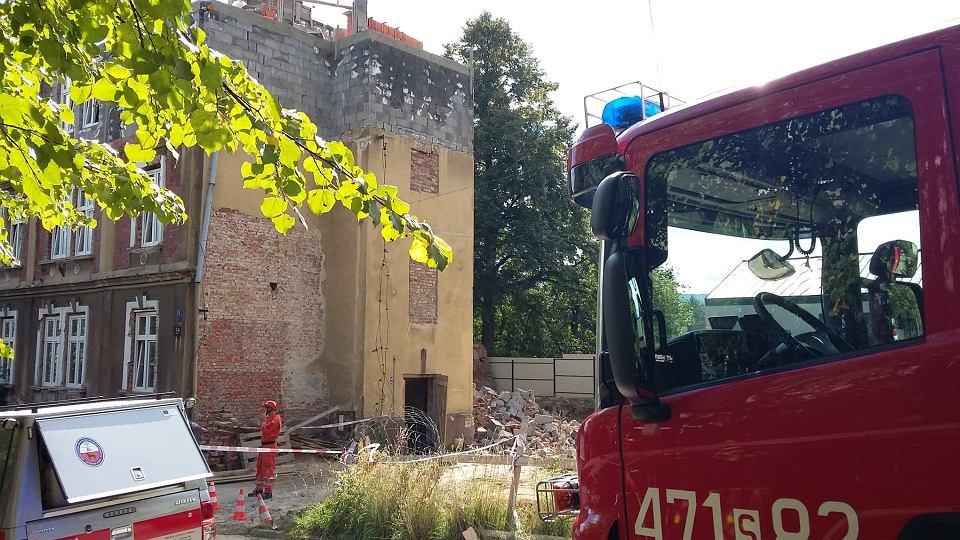 Zdjęcie numer 3 w galerii - Katastrofa budowlana w Bielsku-Białej. Zawaliła się część kamienicy