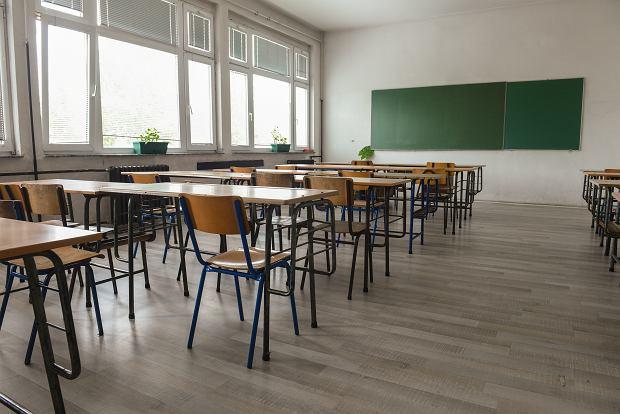 Szkoła w Policach przeszła na hybrydowy tryb nauczania. 80 osób na kwarantannie