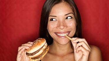 Hamburger, frytki i chipsy - jak nie ulec takiej pokusie?