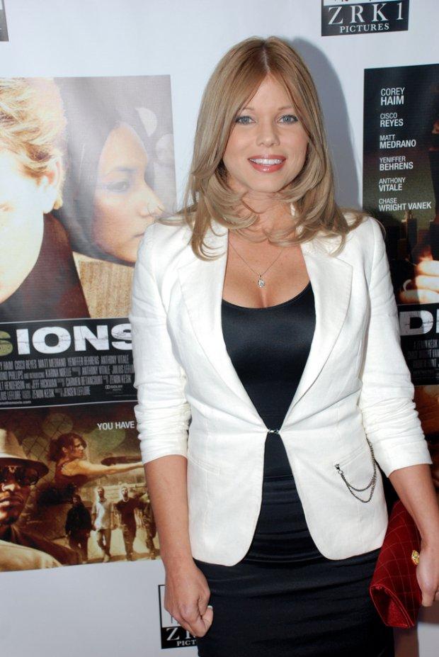 Donna D'Errico w 2011