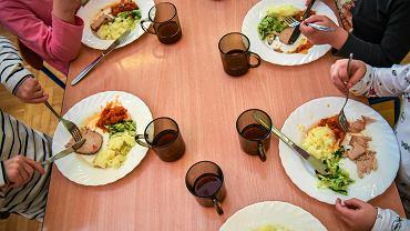 Dzieci w szkole bez obiadu? Dług stołówek uregulował jeden mężczyzna