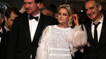 Lars Eidinger, Kristen Stewart i Olivier Assayas na festiwalu filmowym w Cannes