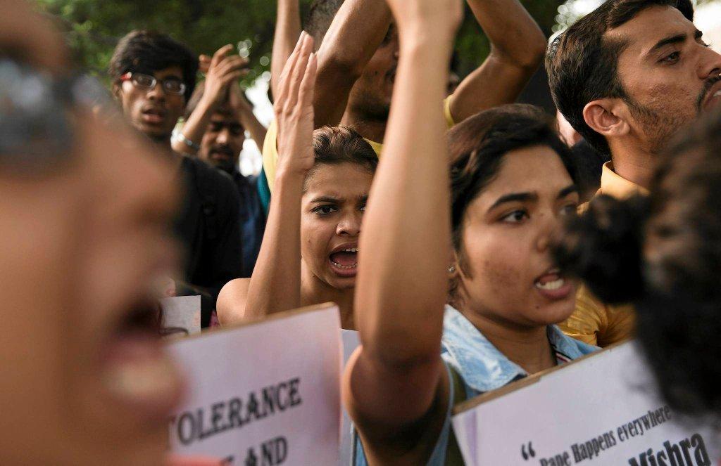Dwa gwałty na małych dziewczynkach wywołały oburzenie i masowe protesty w New Delhi