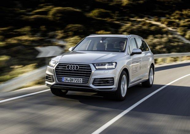 Audi Q7 etron | Ceny w Polsce | Wysoka cena wtyczki