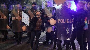 Policjantka o Strajku Kobiet: Policja zawsze jest po którejś stronie konfliktu mimo bezstronności [TYLKO U NAS]
