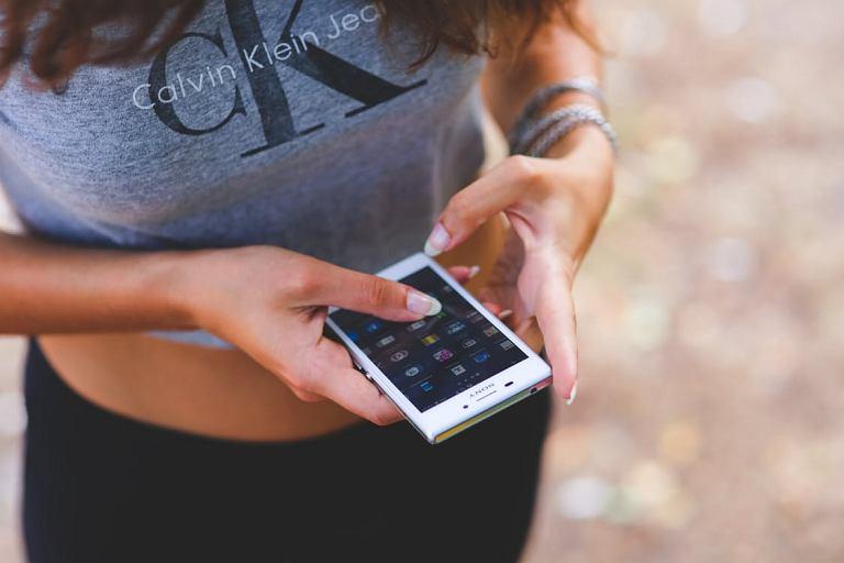 Masz stary smartfon? Może się jeszcze przydać!