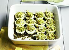 Jajka faszerowane szczawiem - ugotuj