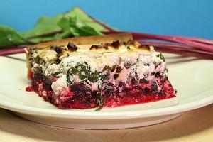 Tarta podwójnie buraczana z serem feta
