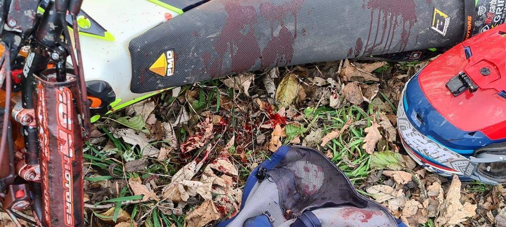 Nożownik zaatakował polskiego motocyklistę w lesie