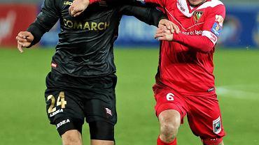 Cracovia - Zagłębie 0:2. Grzegorz Fonfara (z prawej)