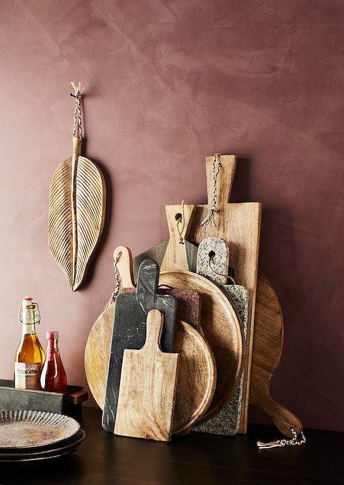 Drewniane deski o różnych kształtach