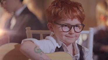 Kadr z teledysku 'Amo Soltanto Te'.