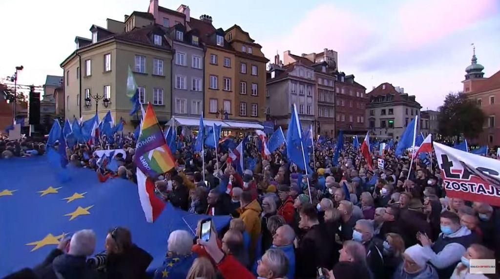 Demonstracja na placu Zamkowym