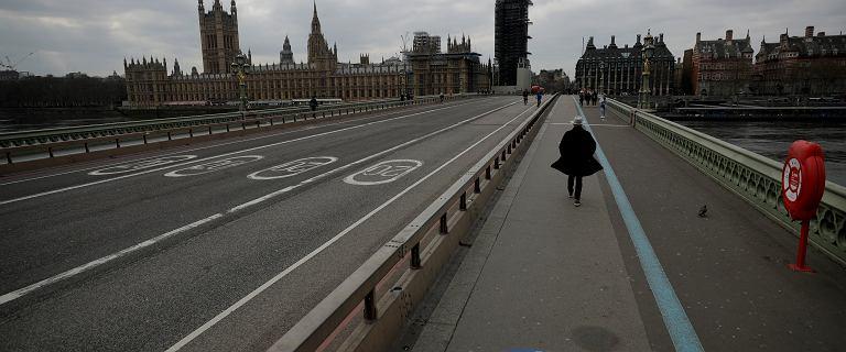 Wielka Brytania. Ciągły wzrost zakażeń i coraz więcej zgonów