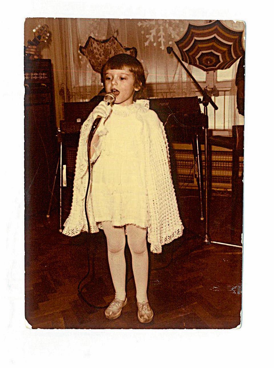 Zdjęcie numer 2 w galerii - Anna Przybylska: Rozmowa z Krystyną Przybylską, mamą aktorki. Czy matka może przygotować się na śmierć córki?