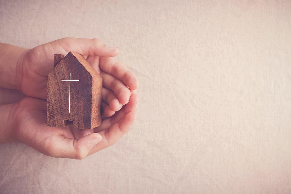 Msza święta online. Zdjęcie ilustracyjne